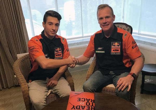 Vialle gets Red Bull KTM Factory Racing MX2 chance for 2019