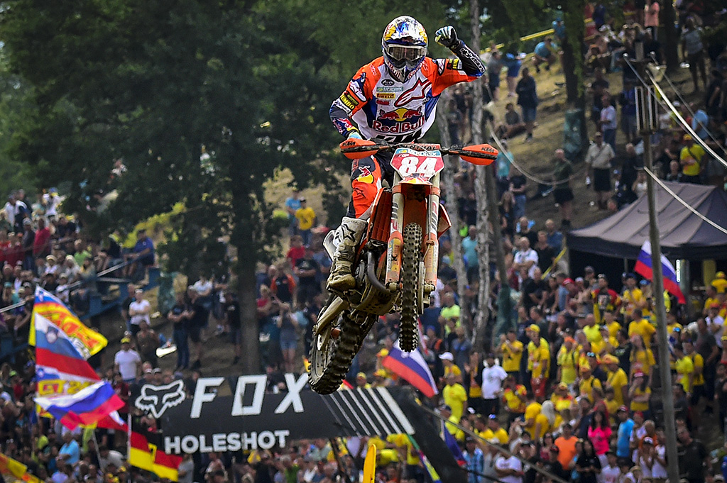 HERLINGS WINS AND PRADO CLAIMS RED PLATE IN CZECH REPUBLIC