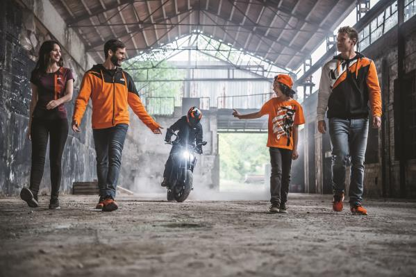 KTM POWERWEAR 2019: NEW CASUAL & ACCESSORIES RANGE RELEASED