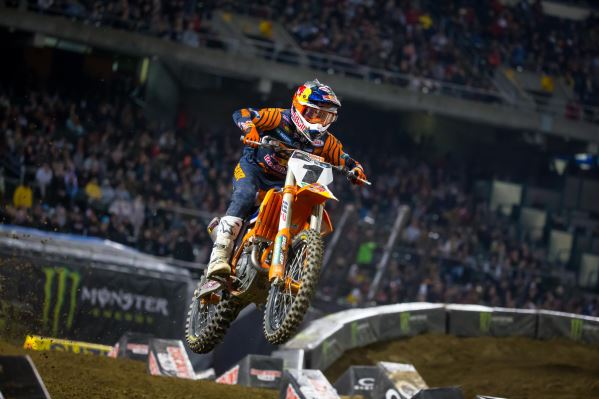 WEBB CLAIMS RUNNER-UP FINISH AT OAKLAND SX