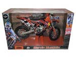 2013 Red Bull KTM 250 SX-F Marvin Musquin 25 Dirt Motorcycle Model 1-12